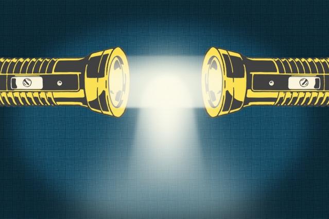 Del cruce de fotones a su unión para conseguir una nueva forma de crear luz