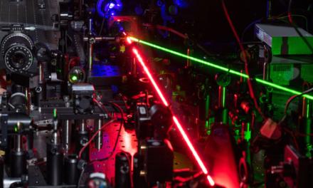 Un nuevo método para obtener efectos no lineales en cristales